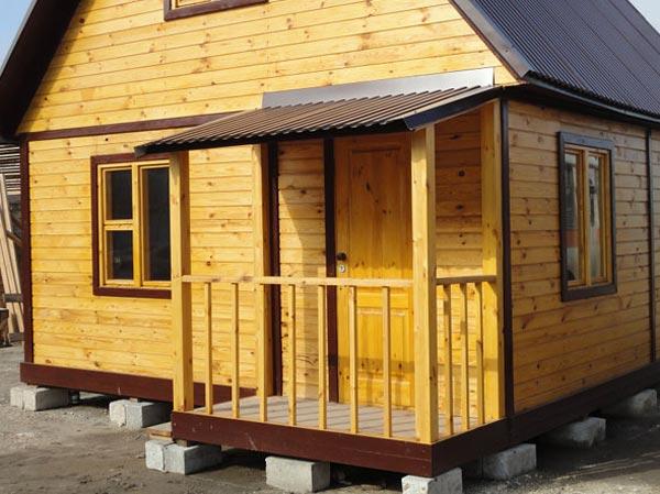Как пристроить крыльцо к деревянному дому своими руками